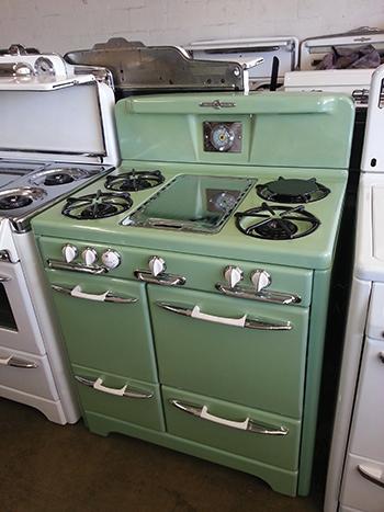 Savon Appliance Refinishing Stove Vintage Wedgewood